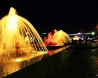 Павлодарский фонтан ночью