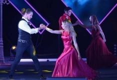 В Павлодаре зрительницы концерта к 8 марта превратили зал ГДК в танцпол