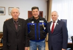 Гендиректора ПНХЗ наградили медалью Русской православной церкви в РК