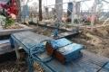 На суворовском кладбище разграбили десятки могил