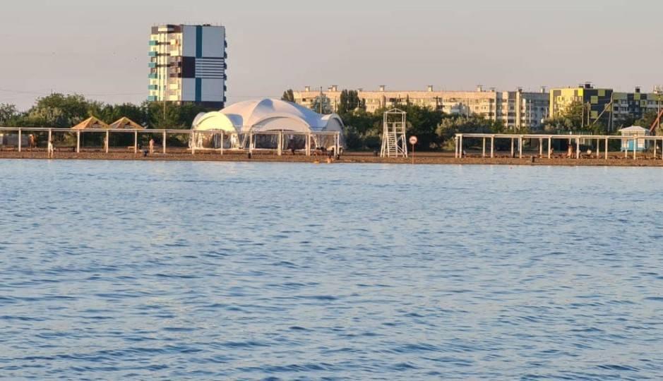 Жители Экибастуза пожаловались акиму на частный пляж