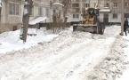 Снег во дворах должны вывозить обслуживающие организации за свой счет