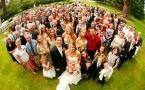 Павлодарским госслужащим рекомендовали не фотографироваться с незнакомыми людьми на чужих свадьбах