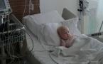 Страдающую онкологией двухлетнюю Тахмину Абышеву спасла ее 8-месячная сестренка
