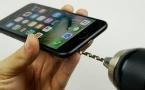 Владельцы нового iPhone просверлили в нем дырки по совету блогера (видео)