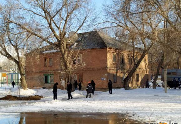 В Павлодаре начали снос домов для строительства школы в микрорайоне Сарыарка (фото)