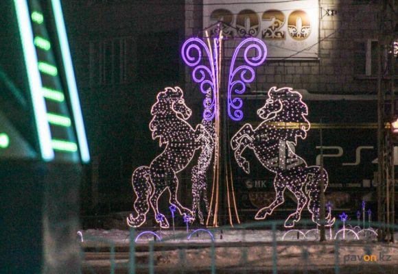 Фоторепортаж: огни ночного Павлодара 2019-2020