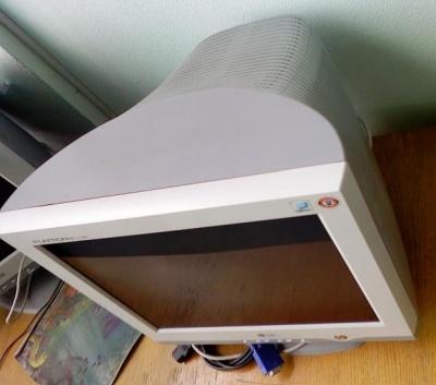 Тип товара: - Монитор Производитель - LG Модель - Flatron T710DH Краткая характеристика -ЭЛТ-монитор...