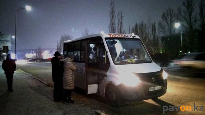 Работу маршруток в вечернее время проверили в Павлодаре