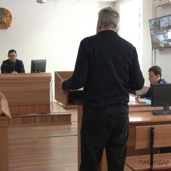 В получении взятки в полмиллиона тенге обвиняют директора корпоративного фонда «СПК Павлодар»