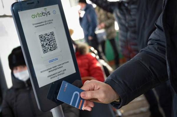 """""""Завершим в декабре"""": аким города рассказал, когда Павлодар полностью перейдет на электронное билетирование"""