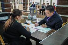 Канат Бозумбаев принял участие в голосовании