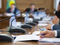 """Сократить чиновников – депутаты одобрили создание """"компактного"""" Правительства РК"""