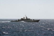 Иран решил отправить военные корабли к морской границе США