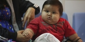 Диетологи: Казахстанцы переедают, недопивают и мало двигаются