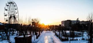 Павлодарские полицейские задержали верхолаза «Колеса обозрения»