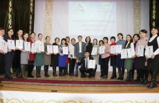 В Павлодаре наградили учителей казахского языка и литературы