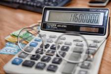 В Прииртышье прокуроры выявили многомиллионную задолженность по социальным отчислениям работникам районной больницы