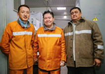 #ДелаемВместе – в День металлурга топ-менеджеры «Казхрома» вышли в смену в цеха и шахты на свои первые рабочие места