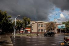 Осеннюю погоду с грозой и градом в ближайшие дни прогнозируют синоптики в Павлодаре