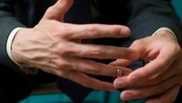 Налог на холостяков предложили ввести в Казахстане