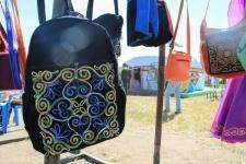Как выбрать рюкзак, безопасный для здоровья: советы врачей