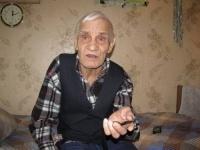 В Павлодаре взяли под стражу Руслана Дзангиева, обвиняемого в квартирном мошенничестве в отношении ветерана ВОВ Федора Кулагина