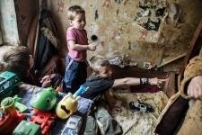 В Павлодаре пятерых детей забрали упьяной родительницы и поместили в приют