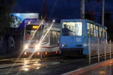 В Павлодаре общественный транспорт дезинфицируют для профилактики коронавирусной инфекции