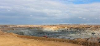 На Бозшаколе почти удвоили объем добычи руды