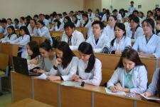 Медицинские вузы РК могут отказаться от выпускников школ