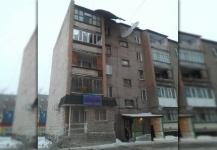 В Павлодаре модернизированное жилье не выдержало натиска стихии