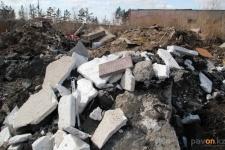 Павлодарские полицейские обнаружили свалку мусора со стройки областной библиотеки