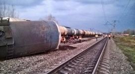 Названы причины схода с рельсов цистерн со сжиженным газом в Павлодарской области