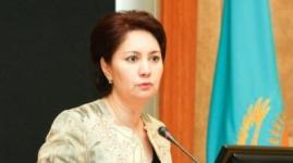 Советник Назарбаева выступила против новых религиозных традиций