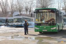 Водители павлодарского автопарка взбунтовались против нынешних условий работы