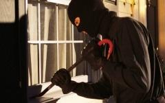 В Павлодаре задержан подозреваемый в 11 квартирных кражах