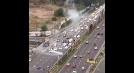 """Форсаж по-алматински: Два водителя устроили """"дрифт-шоу"""" на Аль-Фараби"""