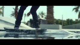 Lexus официально представил видео летающего скейтборда (видео)