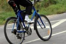 Велосипедист сбил коляску с младенцем в Павлодаре