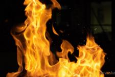 В Павлодаре женщина курила нетрезвой и устроила пожар в квартире