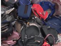 Почти 60 контрафактных сумок уничтожили сотрудники департамента юстиции в Павлодаре