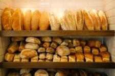 В Павлодаре частные хлебопекарни самовольно подняли цены на хлеб