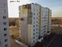 В Павлодаре наконец приступили к ремонту опасного фасада многоэтажки в Усольском микрорайоне