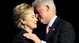 Хиллари Клинтон подала на развод