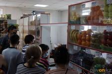 В отделе предпринимательства Павлодара продолжают ежедневно отслеживать цены на продукты