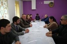 Депутаты павлодарского городского маслихата оказали помощь 280 нуждающимся на сумму 1,5 миллиона тенге