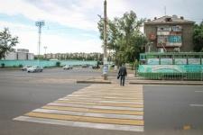 В Павлодаре 204 пешеходных перехода приобрели новую окраску