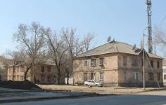 Акимату Павлодара удалось договориться с переселенцами Алюминстроя