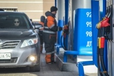 """На заправках """"Газпромнефть-Казахстан"""" продажи бензина выросли на 50%"""
